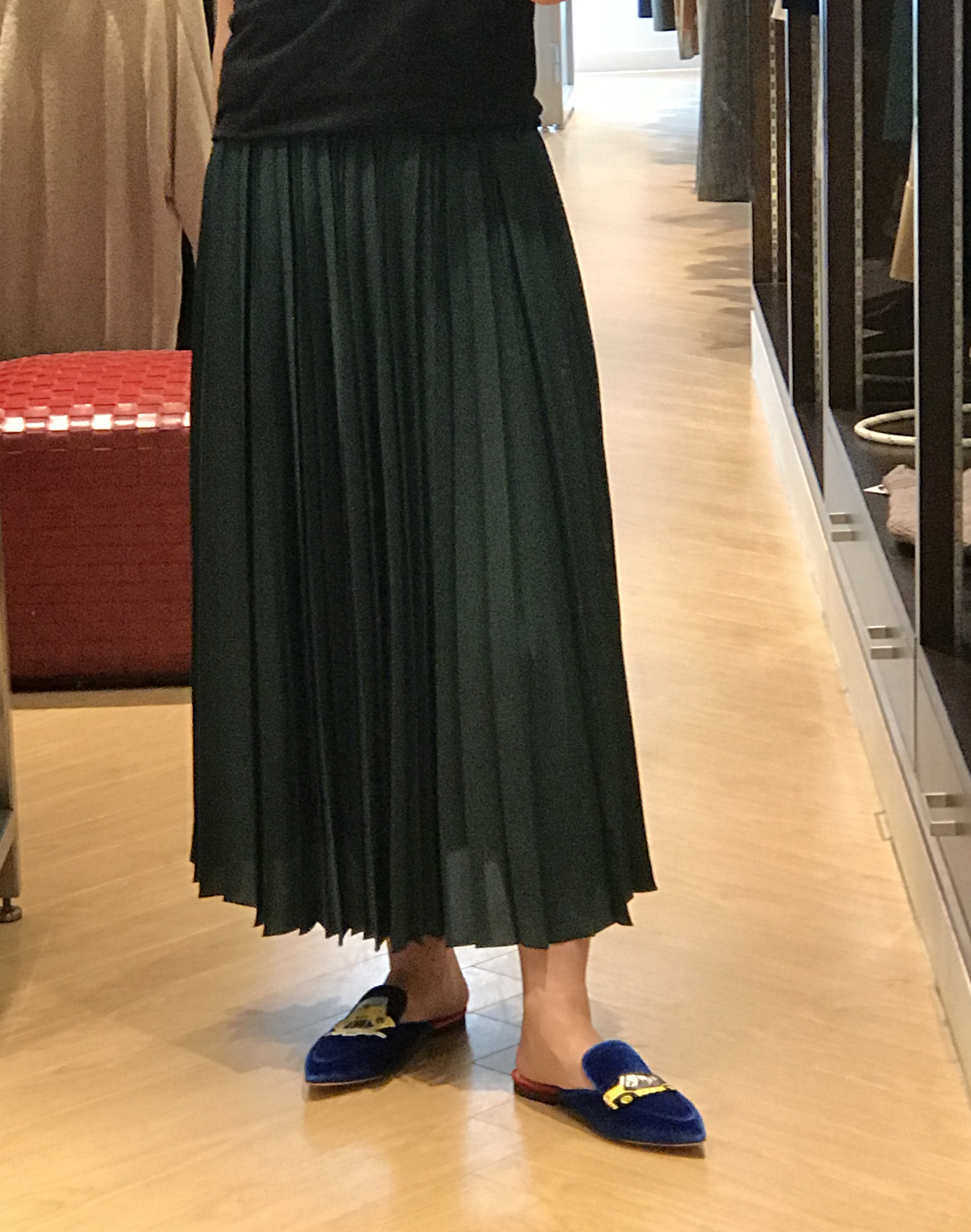 グリーンプリーツスカート